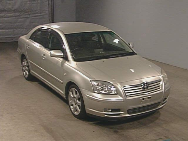 Japanese Used Toyota Avensis Sedan